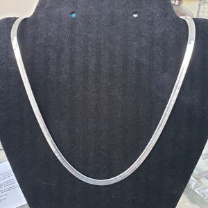 Jewelry - Silver plated herringbone necklace